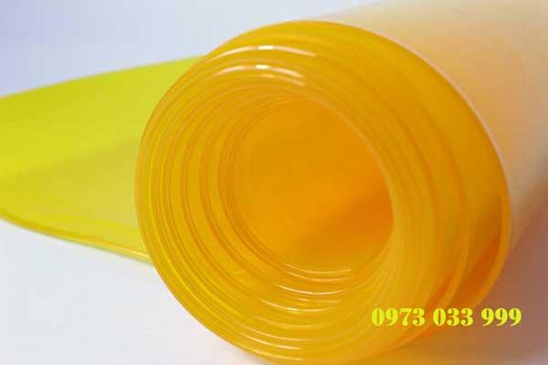 Màn nhựa pvc màu vàng